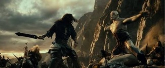 Thorin faces down Azog at the Battle of Azanulbizar