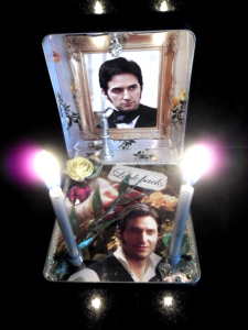 john-thornton-pocket-shrine