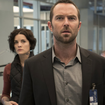"BLINDSPOT -- ""Pilot"" --Pictured:(l-r) Jamie Alexander as Jane Doe, Sullivan Stapleton as Kurt Weller -- (Photo by: Virginia Sherwood/NBC)"