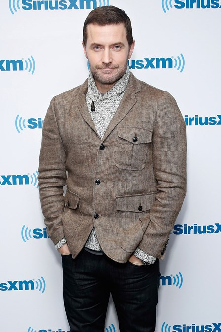 Richard-Armitage-Glamour-25Jan15-getty_b_449x675